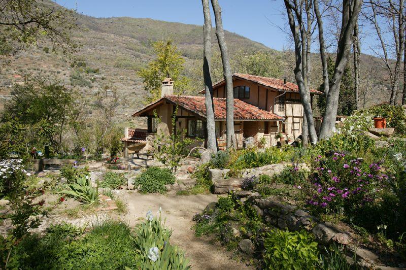 Asetur casa rural la casa del bosque en navaconcejo de - Casas el bosque ...