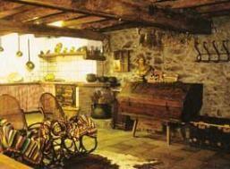Asetur casa rural por habitaciones cal sadurn en planoles - Casa rural planoles ...